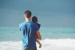 Alleinerziehender Vater mit Sohn