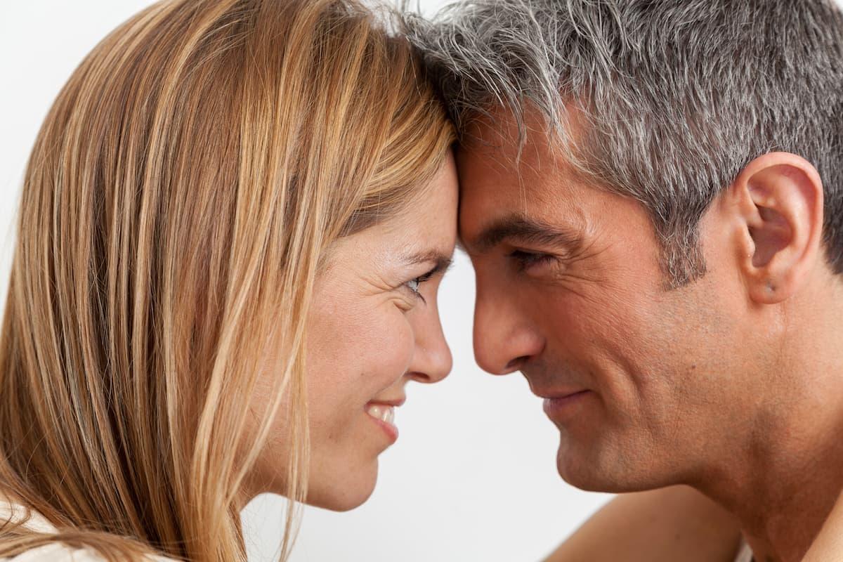 Mit 40plus die große Liebe finden – kein Problem mit dem richtigen Datingportal